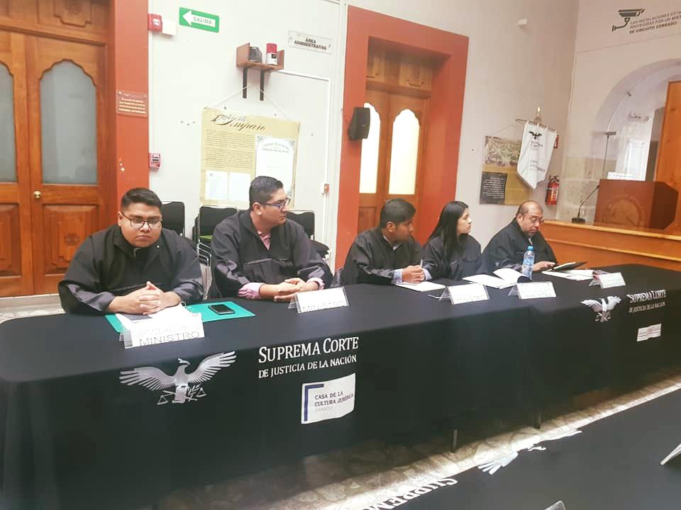 Nuestros estudiantes de la Licenciatura en Derecho realizaron la representación de una sesión en pleno de la Suprema Corte de Justicia de la Nación, en la que se analizó la Acción de Inconstitucionalidad 8/2014.