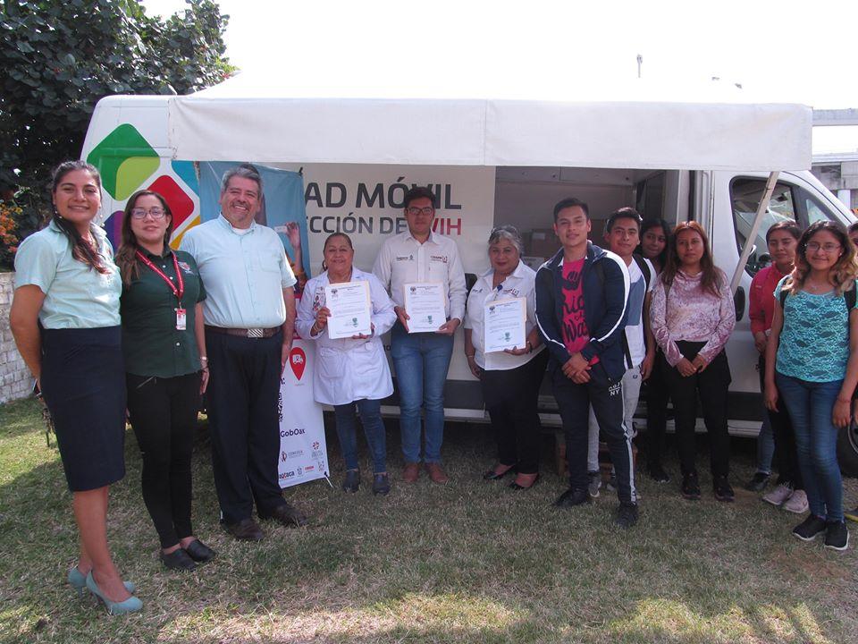 Visita de la #AgendaMóvil a cargo de la Dra. Angela Pérez Silva, Médico capacitador de COESIDA.