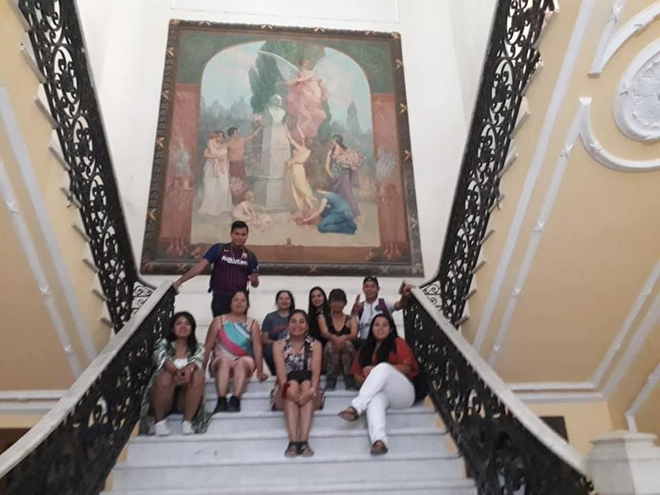 2° INTERCAMBIO CULTURAL A CUBA Recorrido por los pasillos de la Academia de Ciencias de Cuba, la cual narra parte de la gran historia de este país y su crecimiento.