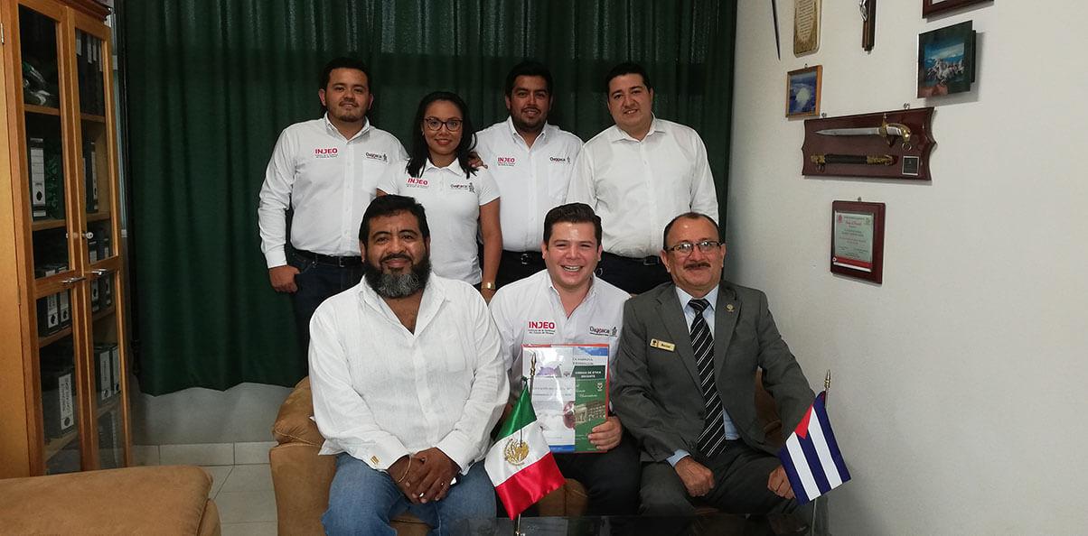 Con el propósito de establecer vínculos que contribuyan con la educación de nuestros Jóvenes Oaxaqueños, recibimos la visita del Director del Instituto de la Juventud del Estado de Oaxaca, Armando López Mendicuti.