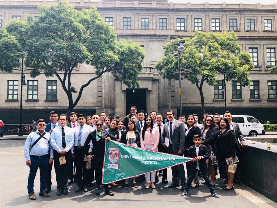 Visita guiada a la Suprema Corte de Justicia de la Nación, estudiantes de la Licenciatura en Derecho.